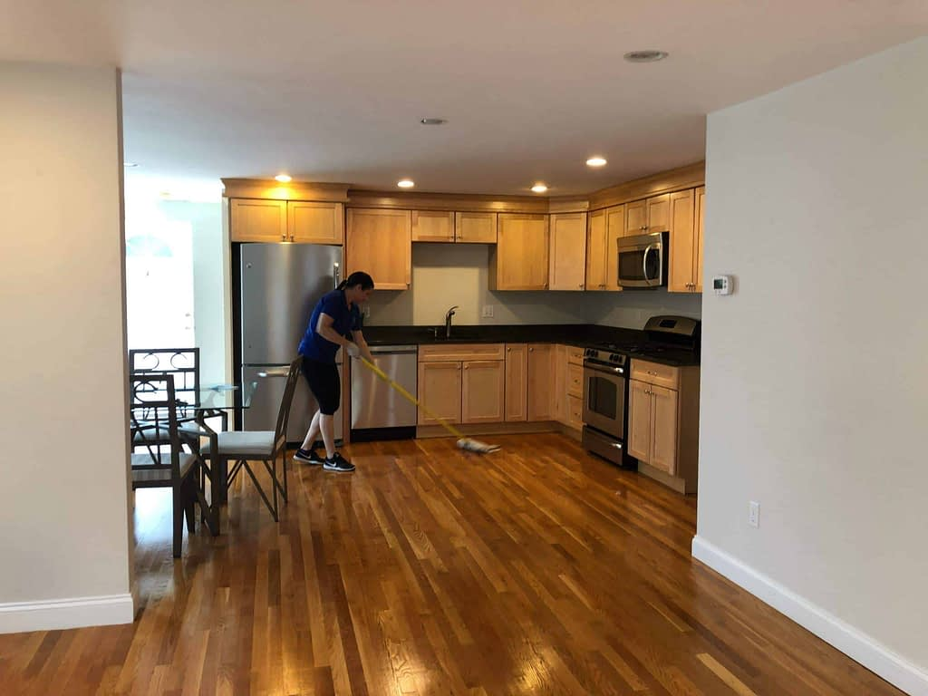 Onix House Cleaning Services near Beacon Hill, Boston Ma 02108 - How to Clean Hardwood Floors