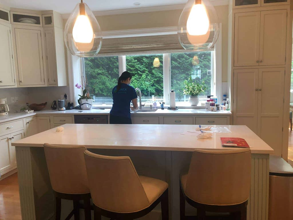 Onix Professional House Cleaning near West End, Boston Ma 02114 - Deep House Cleaning